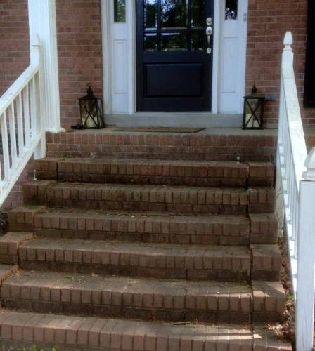 before pressure washed brick Chapin SC